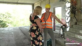 Fat mature lady seduces a young workman and that woman always gets will not hear of Hawkshaw