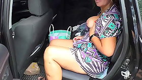 Mature milf in jalopy blowjob and anal