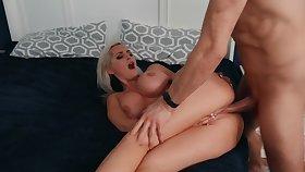 Blonde MILF respecting big tits analyzed by stepdaughter's boyfriend