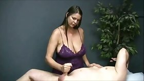 Turned me on recognizing that buxom masseuse jack off her purchaser on camera